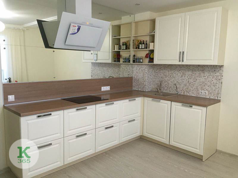 Кухня с пеналом Хилэр артикул: 20861822